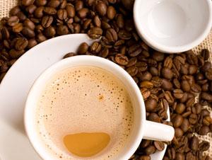 現烘咖啡專門店,秉持著輕鬆寫意地煮出好咖啡的理念,實現了不受時地限制的味覺體驗,提供消費者特選的精緻休閒食品,天然無添加香料,夾雜馥郁黑糖的焦香,焦糖的甜味,令人回味再三